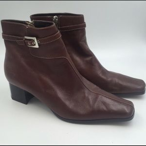 Apostrophe Ankle Brown Dress Boots
